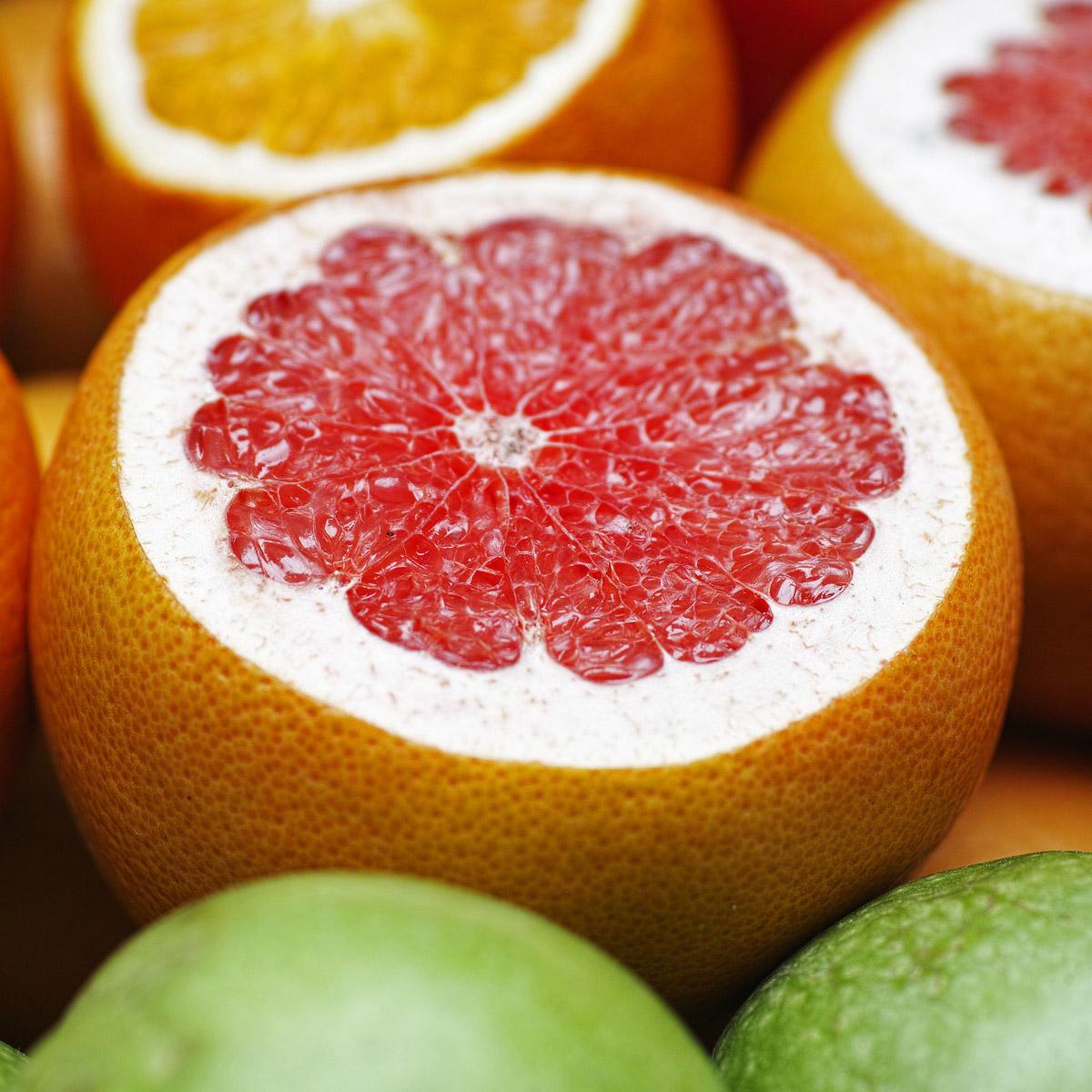 C-vitamiini pitää ikenet, verisuonet ja sisäelinten seinämät terveinä